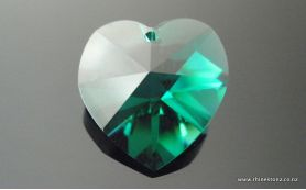 Swarovski Heart Art 6202 Emerald 18mm