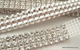 Preciosa Trim 3 row Crystal in Silver METAL